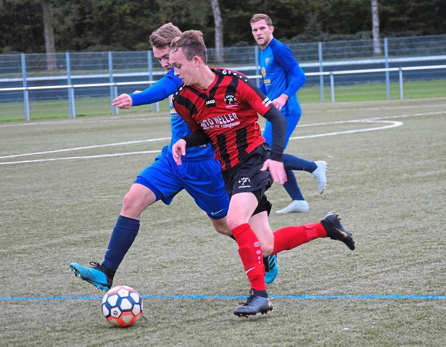 Traf zum zwischenzeitlichen 1:0 für Union: Niklas Hüser (M.). Foto: L. Sicking