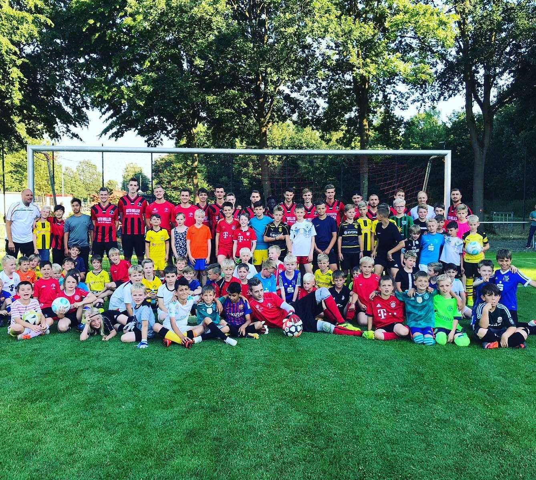 """Fußballcamps bei Union. Tradition und Zukunft . Für """"Alt und Jung"""". Gemeinschaft erleben"""